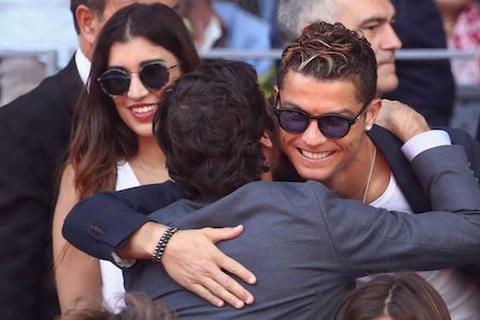 C.Ronaldo bất ngờ tái ngộ Raul nhờ… Rafael Nadal