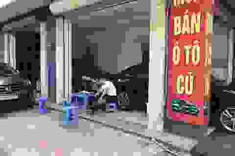 Ô tô cũ ế thảm, bán lỗ chẳng ai mua: Buôn to, lỗ nặng
