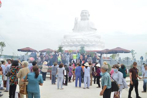 Đại lễ an vị tượng Phật Thích Ca Mâu Ni tại hoa viên Bình An - Long Thành - Đồng Nai
