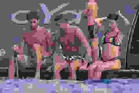 Bất chấp bụng bầu, bạn gái C.Ronaldo vẫn đẹp bốc lửa