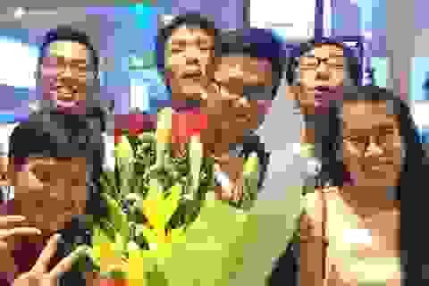 """9X """"ẵm"""" HCV Olympic Hóa quốc tế đỗ 2 trường ĐH hàng đầu Singapore"""