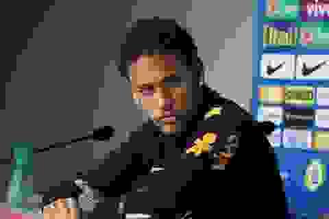 Neymar khốn đốn chuyển nhà vì… cổ động viên