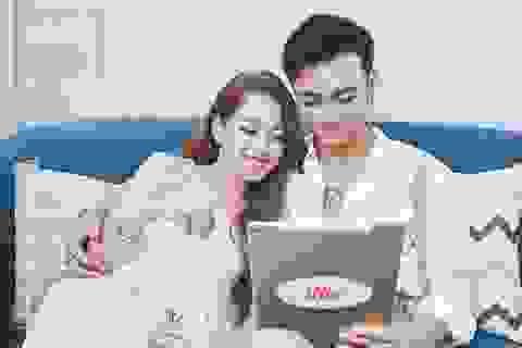 Chi pu và Soobin chụp ảnh thân mật trong một dự án hợp tác chung