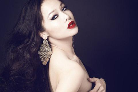 Ảnh đời thường quyến rũ của nữ diễn viên phim Việt 18+ gây tò mò
