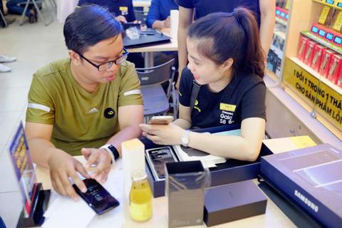 Người dùng ấn tượng với những trải nghiệm trên Galaxy S8