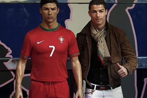 Sau đồng hồ, C.Ronaldo lại quyết tâm chinh phục thêm công nghệ