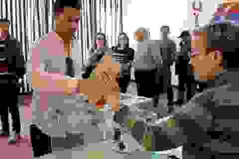 """Khi cử tri """"vẽ lại"""" nền chính trị nước Pháp"""