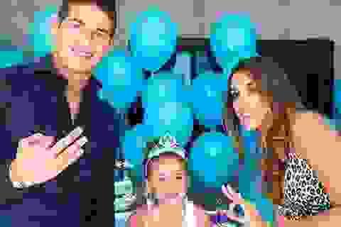 Lộ diện người đẹp bốc lửa khiến gia đình James Rodriguez tan vỡ