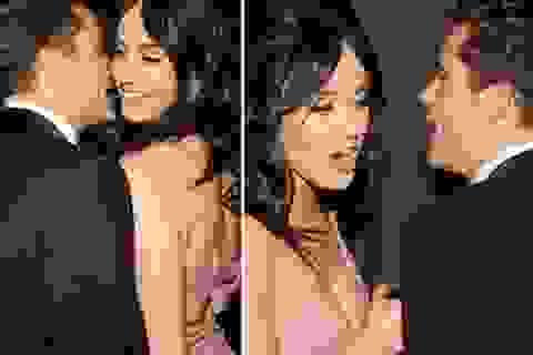 """Katy Perry gây bất ngờ khi """"vàng hoe"""" mừng sinh nhật người yêu"""