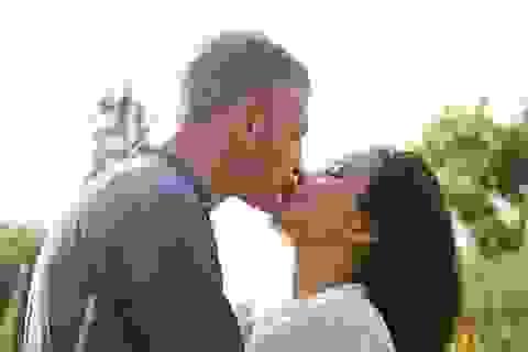 Phương Vy khoe hạnh phúc nồng nàn cùng chồng Tây