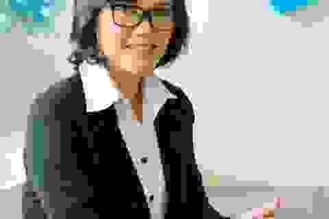 Bà mẹ đi làm: Cân bằng ra sao giữa sự nghiệp và hạnh phúc?