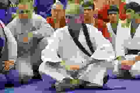 """Bạn thân """"bật mí"""" nghề ông Putin từng làm khi học đại học"""