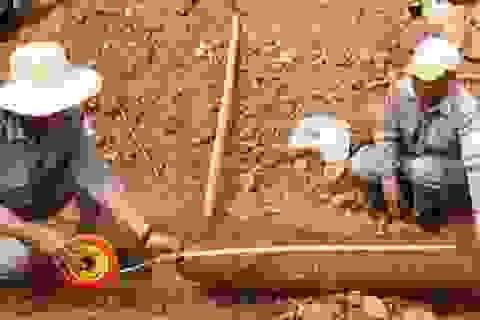 Phát hiện quả bom nặng hơn 100kg khi thi công mở rộng cửa khẩu