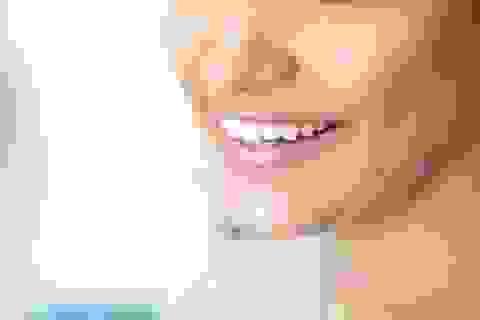 Chuyên gia chỉ cách chống sâu răng bằng dầu dừa