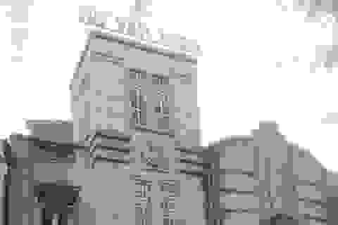 """Phó Cục trưởng Thi hành án dân sự Sóc Trăng bị """"tố"""" thi hành án trái bản án tòa tuyên"""