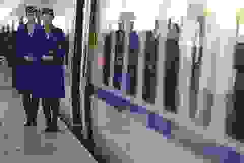 Rô bốt an ninh đầu tiên tuần tra ga tàu của Trung Quốc