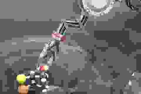 Robot đầu tiên trên thế giới có thể hình thành các phân tử
