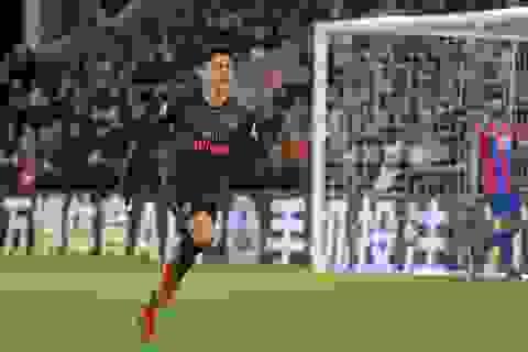 Crystal Palace 2-3 Arsenal: Cú đúp của Sanchez