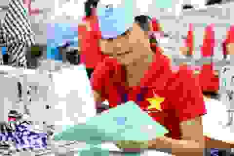 BHXH VN: Bàn giao hơn 2.100 sổ BHXH cho người lao động quản lý