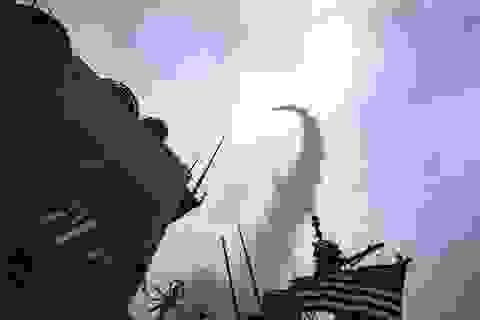 Tàu chiến 8 quốc gia thành viên NATO tập trận bắn đạn thật