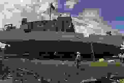 Hạ thủy tàu vỏ thép lớn nhất miền Trung