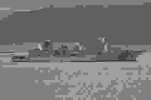 Trung Quốc hạ thủy tàu do thám điện tử mới