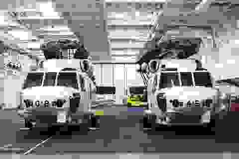 Cận cảnh dàn trực thăng hiện đại của tàu khu trục Nhật, vừa cập cảng Cam Ranh