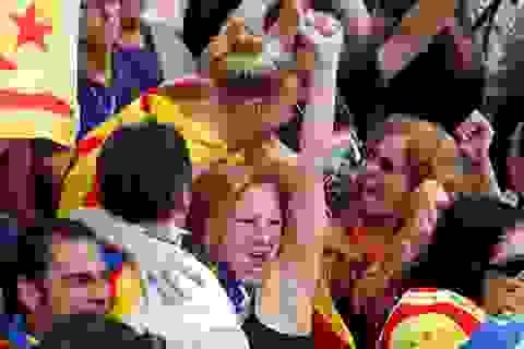 Catalonia tuyên bố độc lập, Tây Ban Nha lập tức rút quyền tự trị