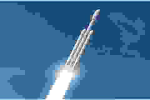 Các hành khách đầu tiên của Falcon Heavy cần phải thật dũng cảm