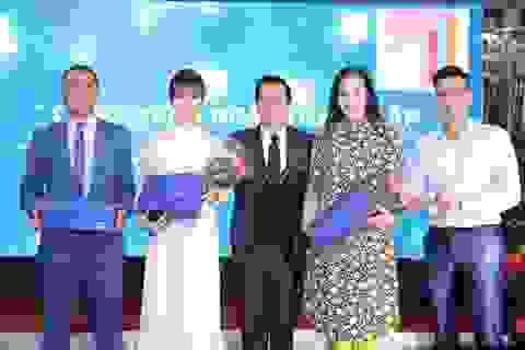 """NSND Hoàng Dũng, diễn viên Việt Anh cùng dàn sao xúc động mừng sinh nhật """"nhà chung"""""""