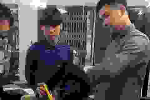 Chàng trai 9X khiếm thính đầy nghị lực khởi nghiệp với nghề cắt tóc