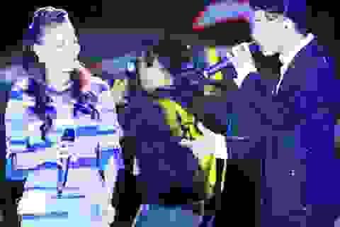 Thu Minh, Noo Phước Thịnh gây bất ngờ khi hát nhạc cách mạng