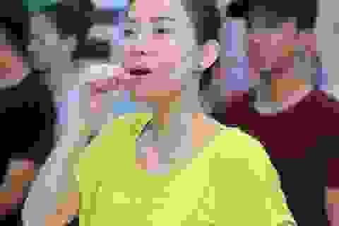 """Thu Minh """"kiệt sức"""" vì tập luyện cùng vũ đoàn"""