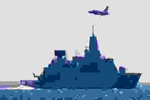 Thủy thủ Hà Lan không nghỉ việc khi Su-24M sượt qua đầu