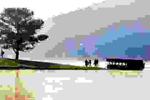"""Ngăn chặn hoạt động du lịch """"chui"""" trên hồ Đankia- Suối Vàng"""