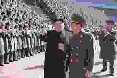 """""""Cánh tay phải"""" của ông Kim Jong-un vắng bóng bí ẩn"""