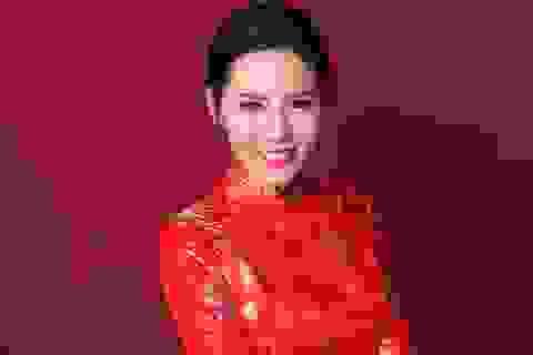Nữ thủ khoa xinh đẹp có duyên với cuộc thi nhan sắc