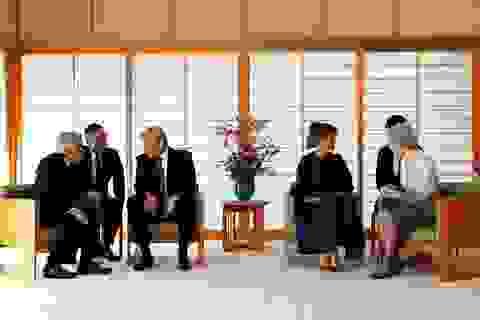 Tổng thống Donald Trump diện kiến Nhật Hoàng
