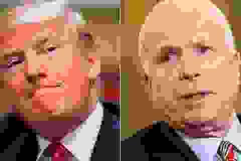"""Tổng thống Trump """"đấu khẩu"""" với Thượng nghị sĩ McCain"""