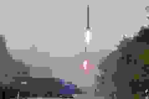 Chuyên gia: Vụ phóng tên lửa của Triều Tiên nguy hiểm nhất từ trước tới nay