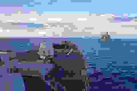 Tàu chiến Mỹ diễn tập sát đảo nhân tạo trên Biển Đông