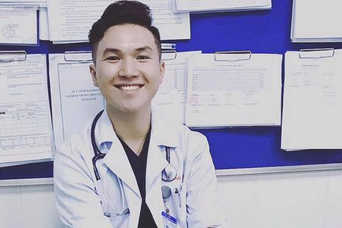 """Bác sĩ 9x viết tâm thư gây """"bão mạng"""" về nỗi khổ khi theo ngành y"""