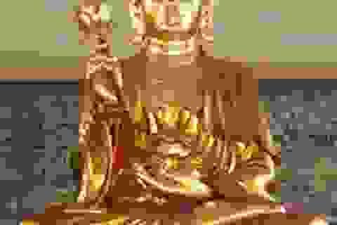 Giám đốc người Nhật lĩnh 10 năm tù vì buôn lậu 7 pho tượng vàng