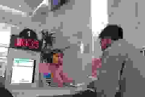 Công chức TPHCM không mặc quần jean, áo thun trong giờ làm việc