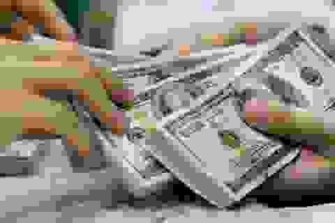 """Hạn chế """"dòng vốn nóng"""": Người nước ngoài được gửi tiền tại ngân hàng Việt"""