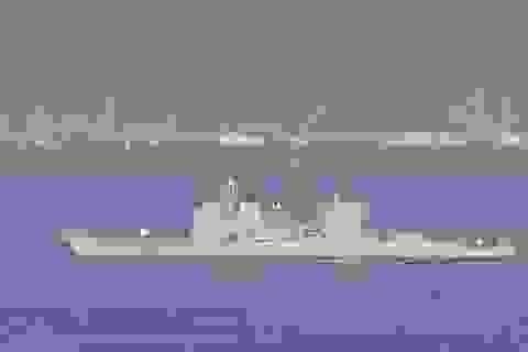 Chiến hạm 1 tỷ USD của Mỹ mắc cạn ngoài khơi Nhật Bản, gây tràn dầu