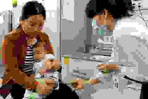 TPHCM tạm thời bị gián đoạn vắc xin dịch vụ 5 trong 1