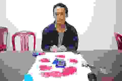 """Mua ma túy đá từ Lào về Nam Định lập """"đại lý"""" cung ứng"""