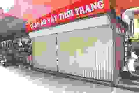 """Phường """"xẻ thịt"""" vỉa hè cho thuê, UBND thành phố Ninh Bình nói """"vô can""""!"""