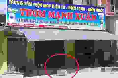 """Vụ mang tiền hụi đi """"cúng chùa"""": Con trai chủ hụi tố bị chiếm đoạt hơn một trăm triệu đồng"""